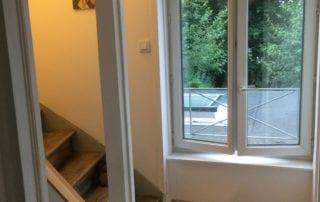 renovation-complete-espaces-de-circulation-d-une-maison-renovee-apres-travaux