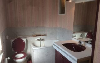 salle-de-bain-avant-renovation-vous-aimez-la-baignoire